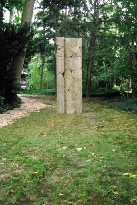 Projects: 1996-1999 Dual Concrete Monoliths