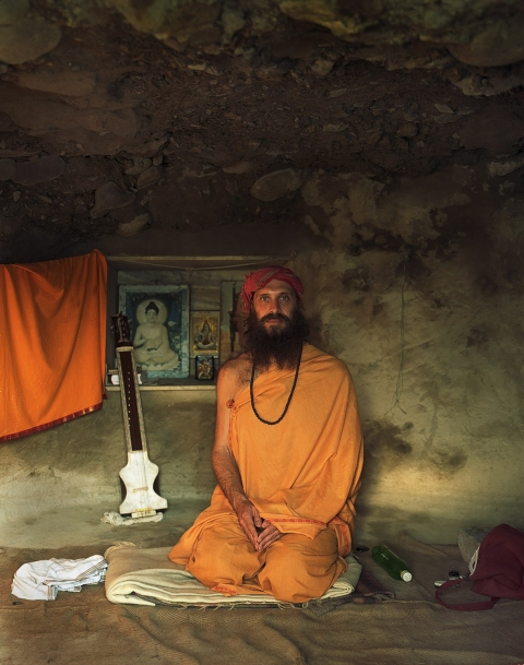 <b>The Searchers (Part II)</b> American sadhu in his cave (Rishikesh, India)