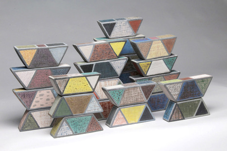 S U E   H A V E N S Dimensional works fired clay and ceramic glaze