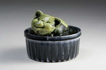 SUE JOHNSON Ceramic sculpture
