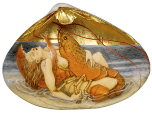 Tabitha Vevers Shell Series Oil and gold leaf on sea clam shell