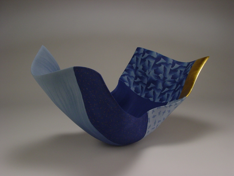 THOMAS  HOADLEY 2008 - 2010 colored porcelain, gold leaf