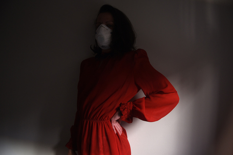 6 FEET Pandemic self-portrait, April 2020
