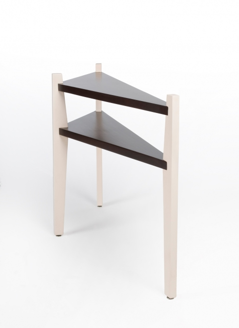 FURNITURE Thee Legged Wall Table