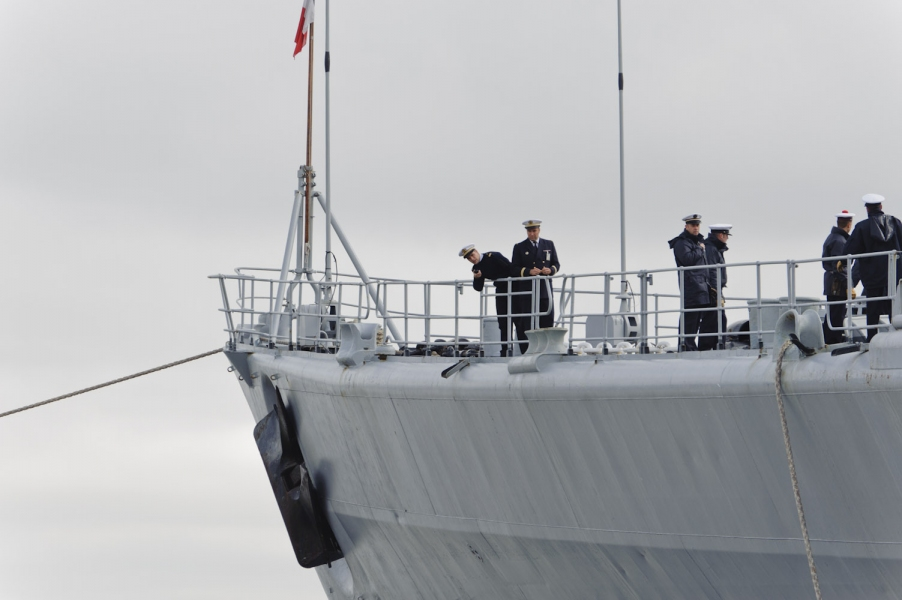 Navy Leaving Quebec