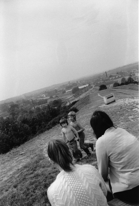 UK 1974 Couple with child