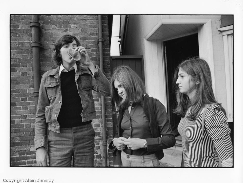 UK 1974 Frenchie and spanish girls