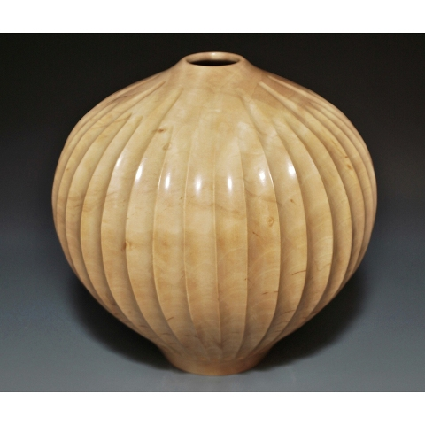 COLLECTION Fluted Hollow Form