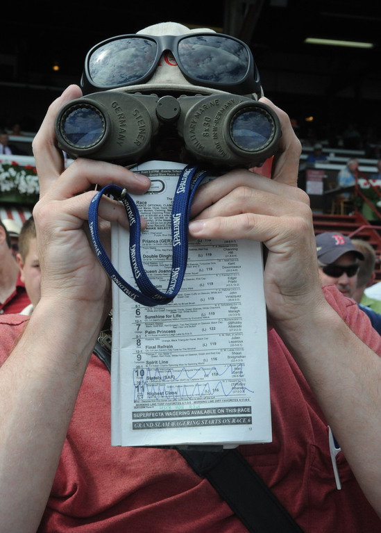 Sports The Fan - Saratoga Racecourse