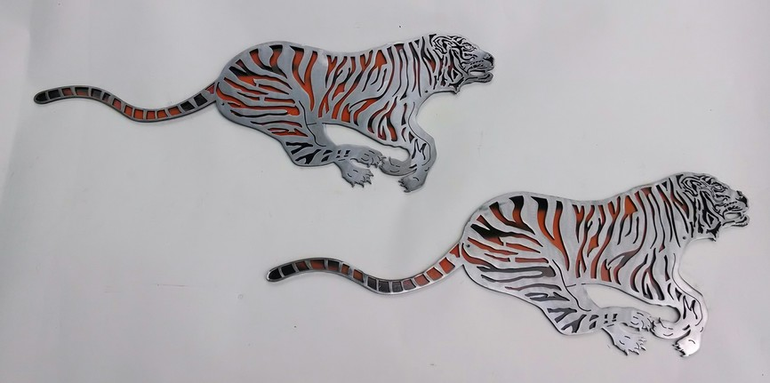 Artist: Christopher Curnan Wall Sculptures Tigers
