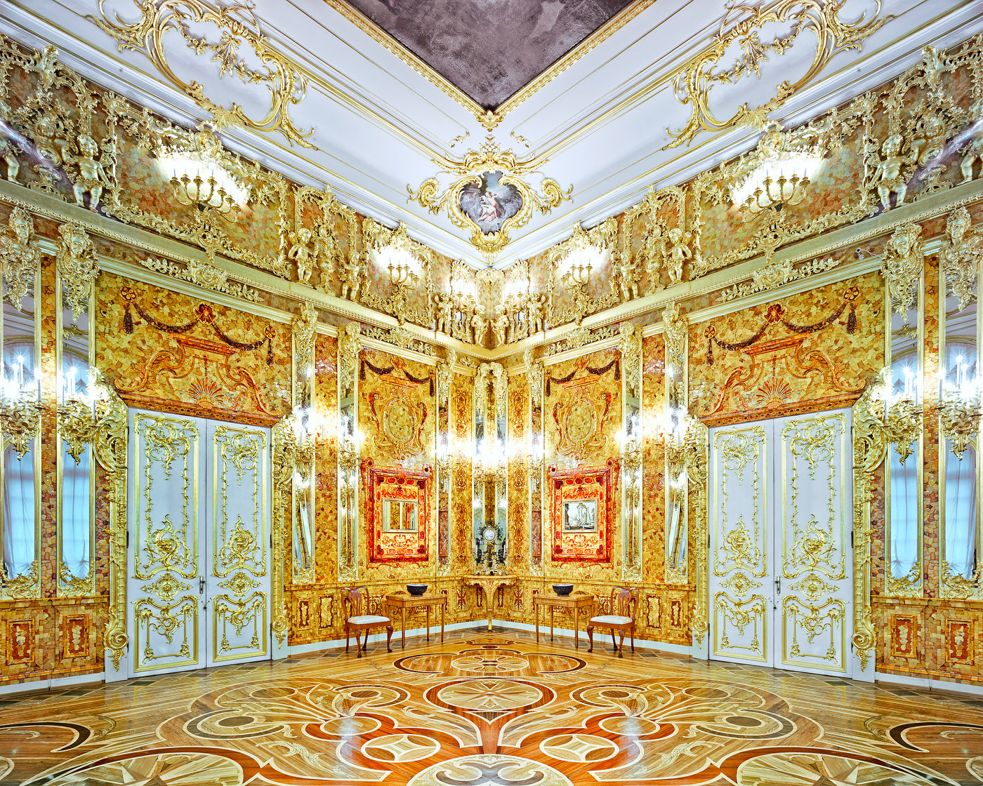 RUSSIA: A Bright Future,  2014-2015 Amber Room, Catherine Palace, Pushkin, Russia, 2015