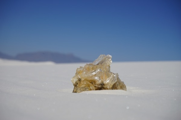 INITIAL ENCOUNTERS Initial Encounters: selenite and desert rose