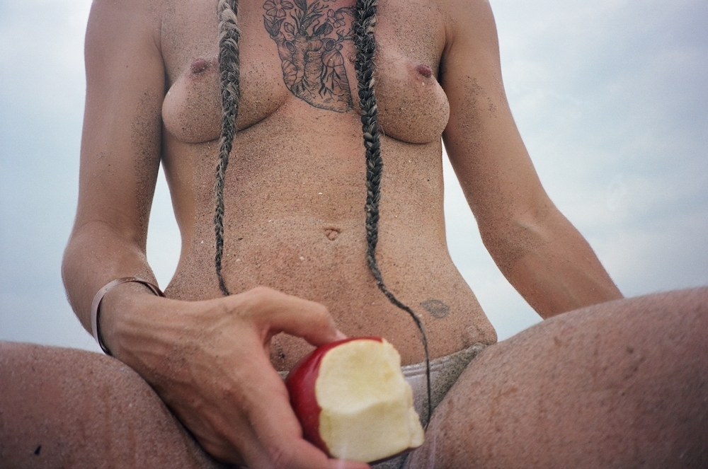 Medows. 2016-18 The Apple, Sand Bath