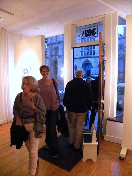 FB @ John Davis Gallery 2015 and 2012 Linda and Bev arrive!