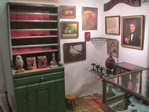Garvey Rita  Art & Antiques News