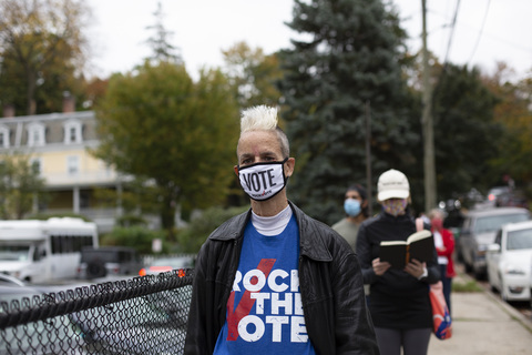 First Day of Early Voting Dobbs Ferry Village Hall 10/24/20
