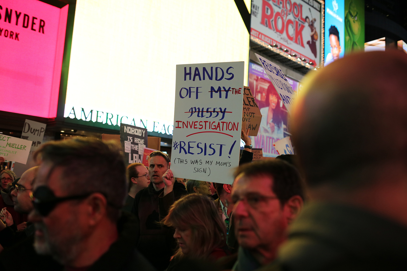 Nobody Is Above The Law - Mueller Protection Rapid Response Times Square To Union Square 11/8/18