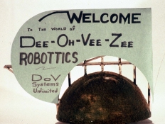 HJ BOTT DoV-Z ROBOTTs mixed medium/ kinetic w/music and bullhorn