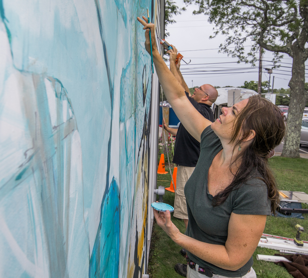 Hyannis Port Mural Adding finishing touches