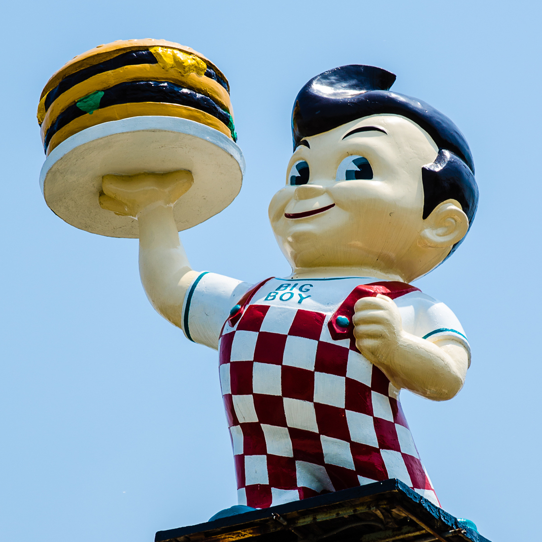 Suburbia and Mich-elaneous Livonia, Michigan - Big Boy