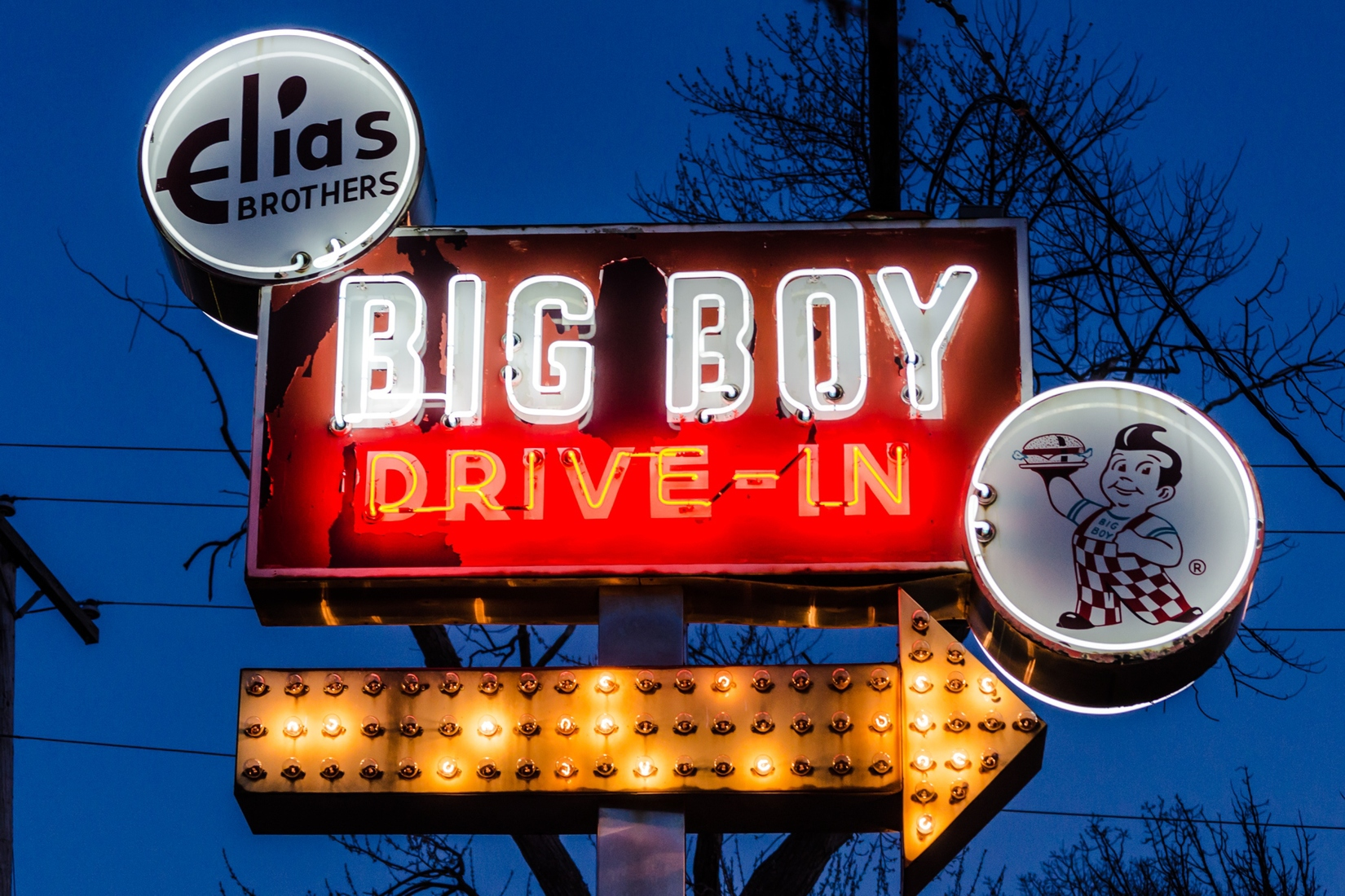 Neon Big Boy Drive-In - Full view