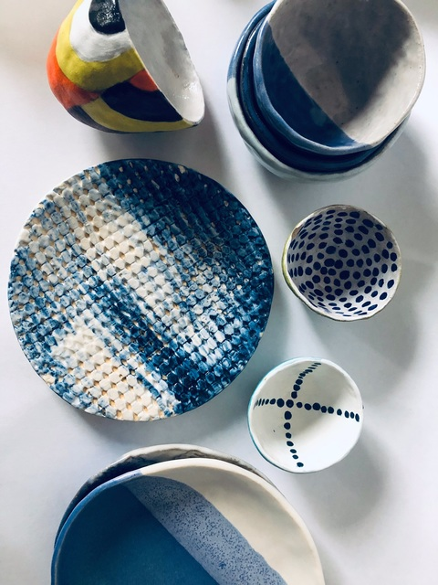 Handbuilt Ceramics Pinch pots and plates