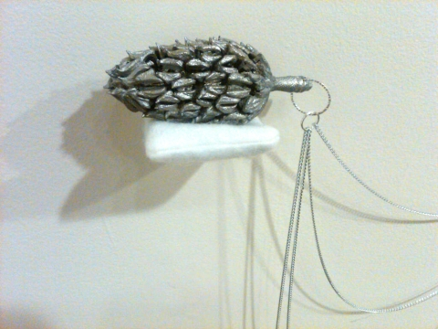 Magnolia cast aluminum . stainless steel chain