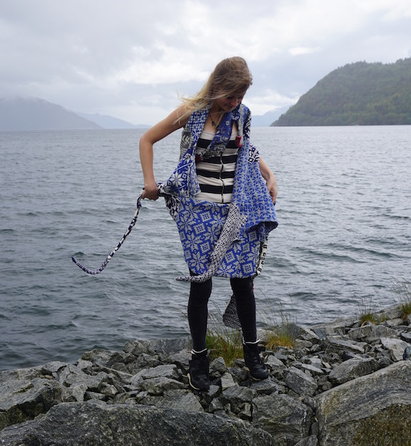 2015 . How to Wear a Hardangerfjord Norwegian wool knit + worn by artist Sunniva Myster (NO)