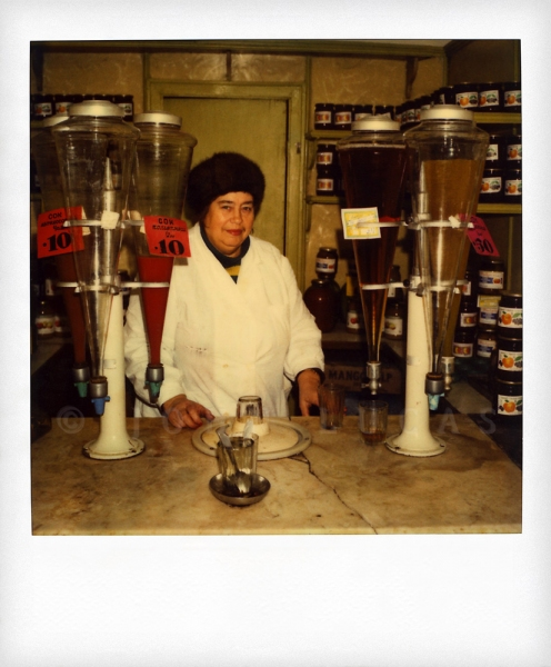 Russian Polaroids Leningrad juice vendor