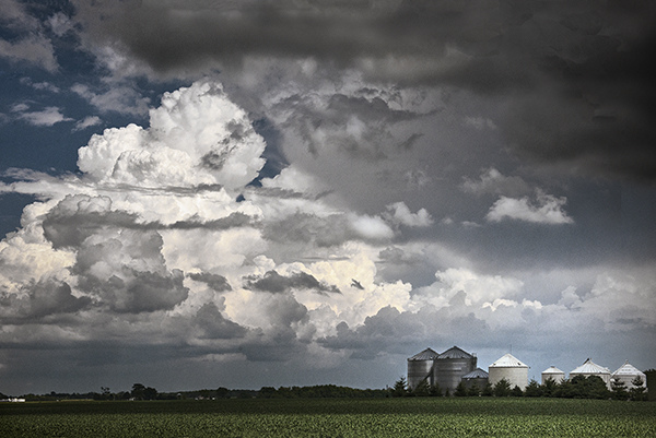 The Prairie:  Flat Land, Spacious Skies Gathering Thunderhead  ©