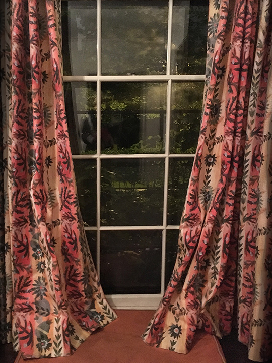 Laurie Olinder Laurie Olinder SHOP Custom made Linen/cotton drapes