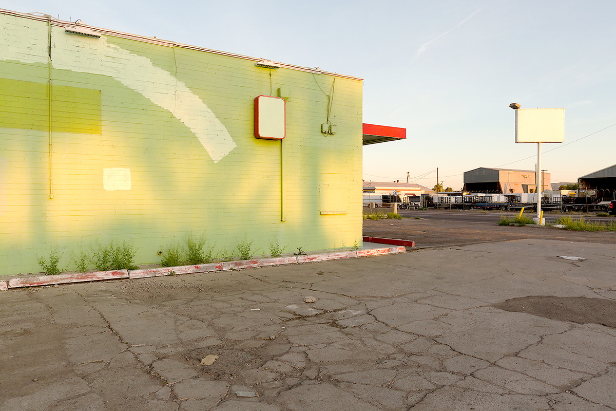 The Architecture of Nowhere (ongoing) Convenience Store, Phoenix Arizona 2017