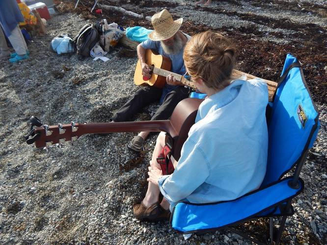 Lindsey Fyfe Music With local musician Derrick, Lobster Boil, Deer Isle, ME, 2016