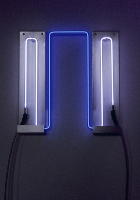 Neon Sculptures 1991-2008 Ultraviolet Wave
