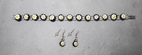 Glass Wear Murano daisy dots bracelet and earrings