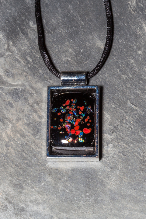 Glass Wear Rectangle black sparkle inset pendant necklace