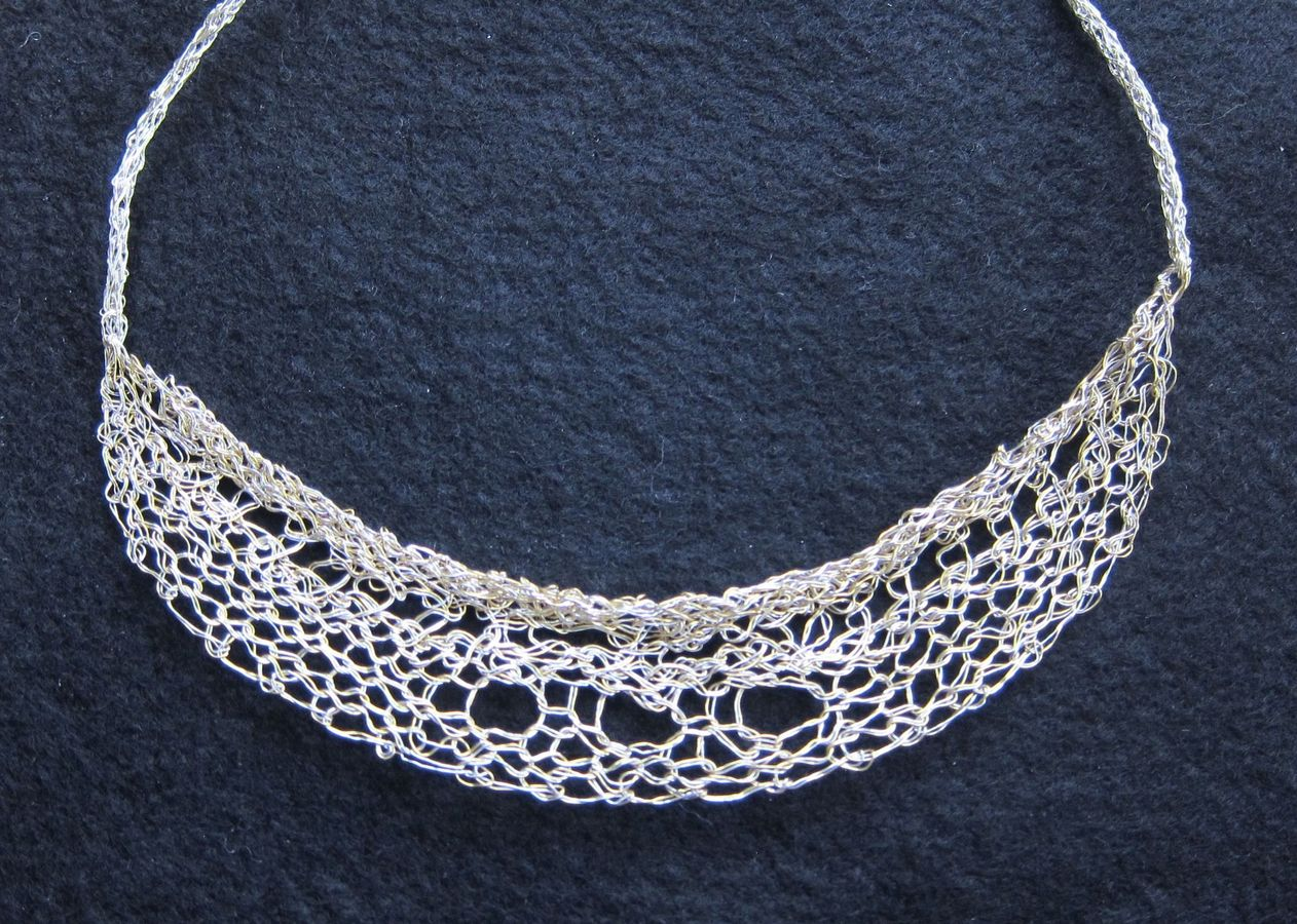 Necklaces Lace Collar Necklace, single