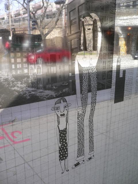 Mary Jones : Flâneuse Installations