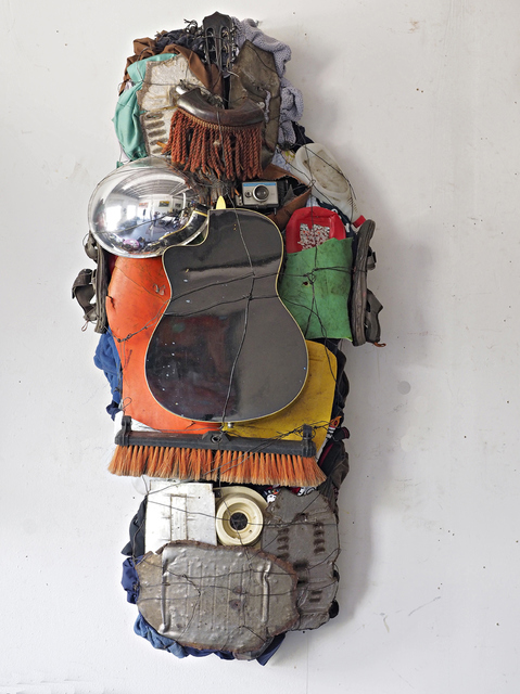 SCULPTURE/ ASSEMBLAGE  MASK_ HEADS OF STATE LEFTY