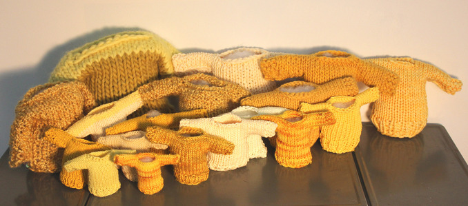 Mollie Murphy How to Make a Severed-Hand Party Tray (sculpture) yellow yarn