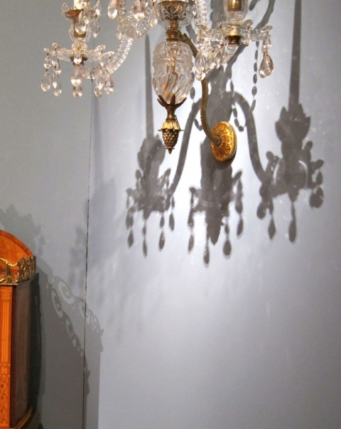 museum chandelier: shadow