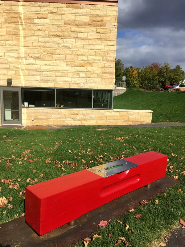 Sculpture Field Level Bench (red)