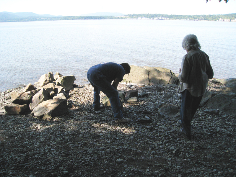 Stone sculpture installations 2000s Emergences, Denning's Point State Park, installation view