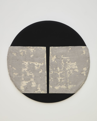 SARAH DINEEN Round Paintings acrylic on canvas