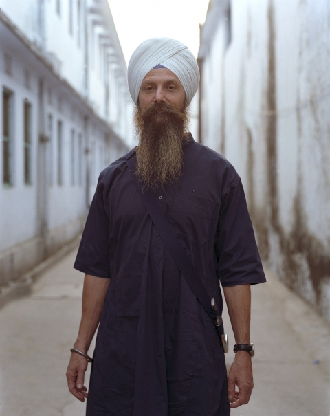 <b>The Searchers (Part II)</b> American Sikh with bracelet and dagger (Rishikesh, India)