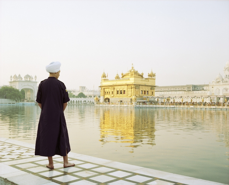 <b>The Searchers (Part I)</b>  American Sikh at the Golden Temple (Amritsar, India)