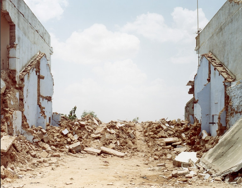 <b>Things Fall Apart</b> Earthquake #3, India