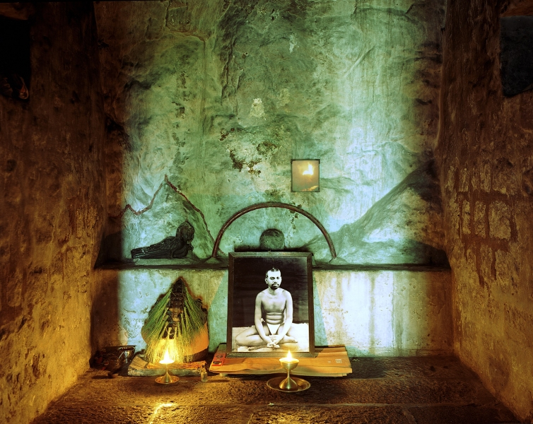 <b>The Searchers (Part I)</b>  The cave where Sri Ramana Maharshi lived and meditated for 17 years (Tiruvanamalai, India)