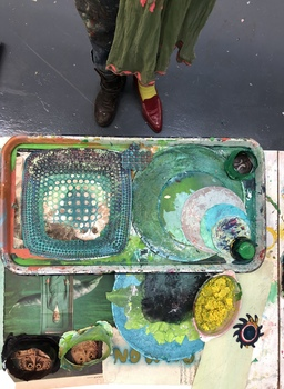 SHARON HORVATH Studio Shots Paint and photo tray