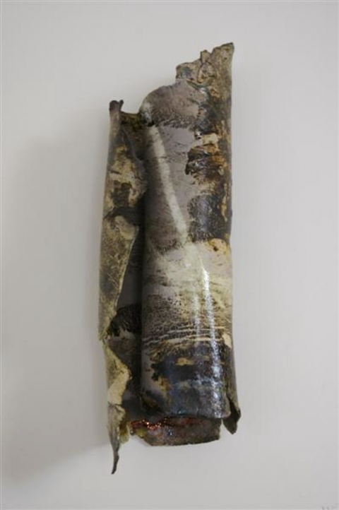 Tomoko Amaki Abe Ceramics  paper clay, under glaze, raku glaze